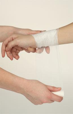 перебинтование руки